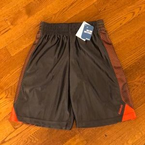 [New] Boys Size M Reebok Gym shorts